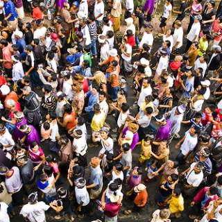 Menschenmenge (Foto: TheBigTouffe/Flickr)