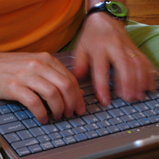Blogging (Sue Richards/Flickr)